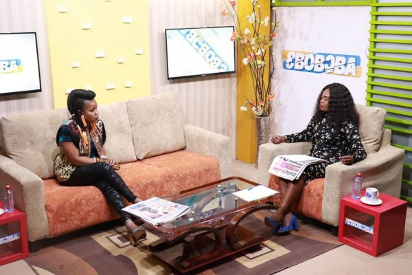 """Hypocrisy Is the Cause of Africans Development – Sherifa Gunu. Ghanaian Afro soul songstress, Sherifa Guna has revealed that our hypocrisy as Africans is the cause of our inability to develop as a continent. In an interview with Araba Aggrey on """"Ebuboba"""" morning show on Homebase TV, the songstress noted that our leaders are so selfish to think of adopting a long term policies to benefit future generations. She said all they do is to think of themselves and their families, forgetting that whatever seeds they sow will be the fruits to harvest tomorrow. """"This attitudes has descended down to the level of a lame-man who sell his products demanding too much profit margin"""". She added. On the same platform, sherifa charged the Canadian embassy to release their passport to enable them to embark on a journey they were assigned to perform a musical concert in Canada. According to the Afro soul songstress, her passport together with Afia Swaznegger, Rass Kuuku and others, aiming to travel to Canada has been detained at the embassy over three week now, which she believe it's unfortunate to go through this mess. Source: Gordon Desmond Sackitey."""