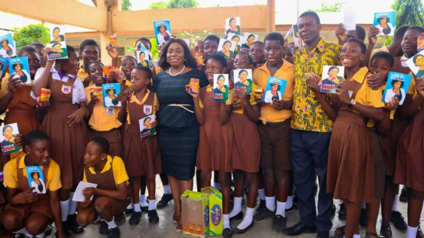 Lawyer Mary Ohenewaa Afull in a memorable pose with students