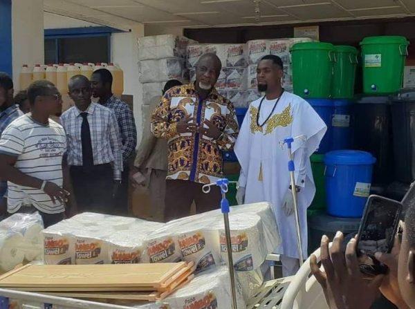 COVID 19 Rev. Obofour donates GHC100000 to Tema General Hospital