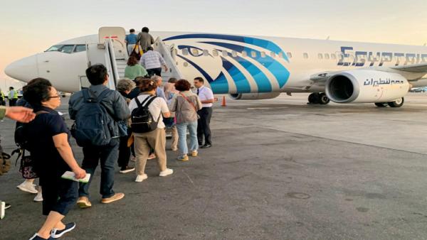 Egypt, Algeria to halt flights from Thursday to stem spread of coronavirus