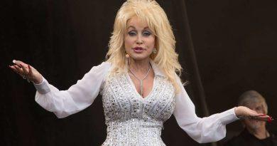 Country music icon Dolly Parton donates $1 million towards Coronavirus research