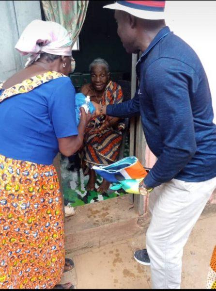 Alex Agyekum feeds over 1000 poor people in Mpohor