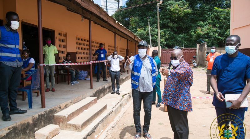 President Akufo-Addo Tours Voter Registration Centres In Accra