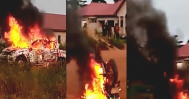 One Person Dead; Vehicles Set Ablazed In NPP, NDC Clash At Nkrankwanta(VIDEO)