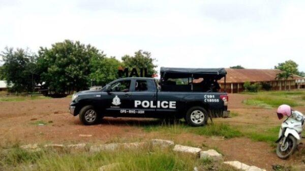 Robbers storm church, kill man