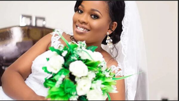 Lady Gets Married scaled