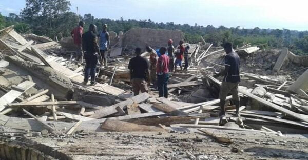 E/R: Church Members Trapped Under Collapse Building At Akyem Batabi