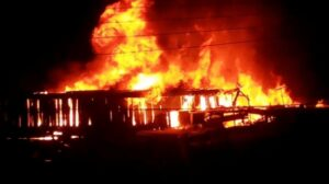 #ElectionBillboard: #2020polls: EC's Fomena Office Set Ablaze