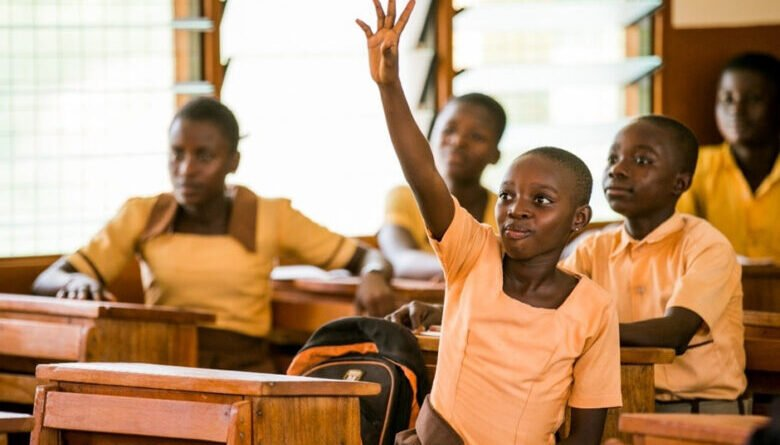 Ghanaian schools to reopen mid-January