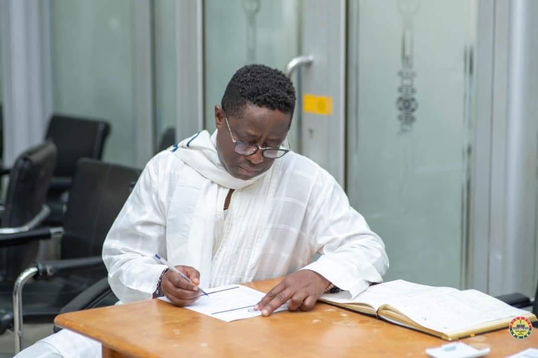 Why Amewu Registered Despite Injunction – Parliament Explains