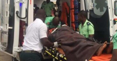 Armed Robbers Attack Ambulance Transporting Pregnant Woman In Labour, Shoot driver
