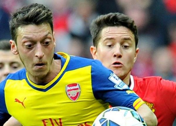 Herrera and Ozil among players slamming European Super League