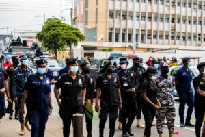Police pursue robbery gang in Accra