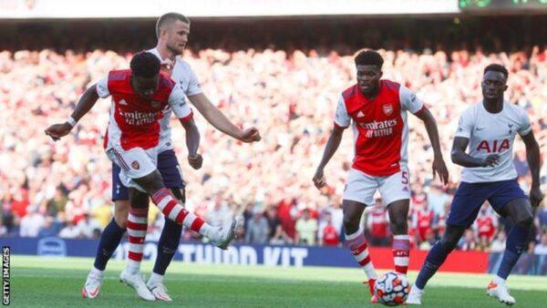 Arsenal beat rivals Spurs with first-half blitz