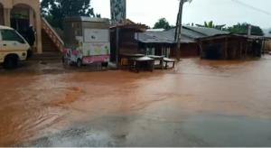 E/R: Nkawkaw flooded following heavy downpour