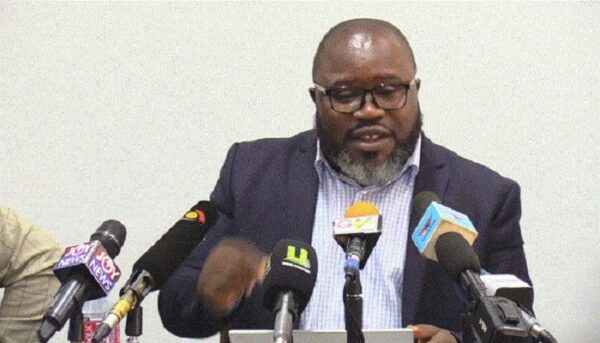 It's senseless to deny a student with B2 in French, D7 in Maths admission to read French – Kofi Asare